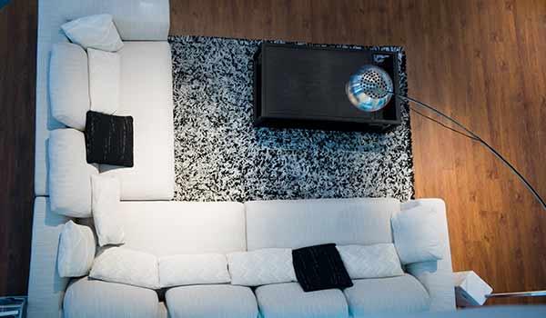 WEB上でオフィス家具レンタルが依頼できる